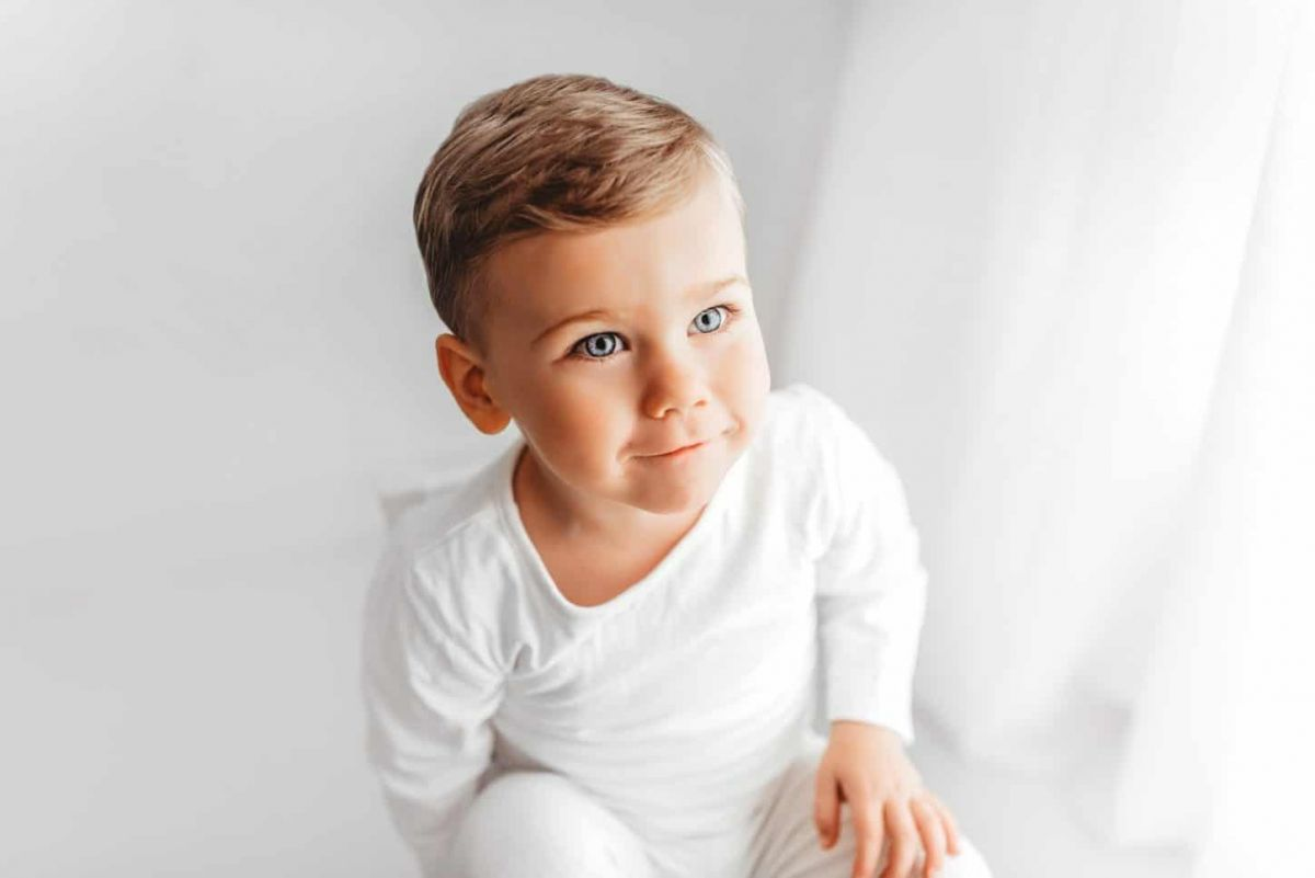 Baby-Photo-Baby-Photographer-Poole-Bournemouth-Dorset-pergnancy-child-children-baby